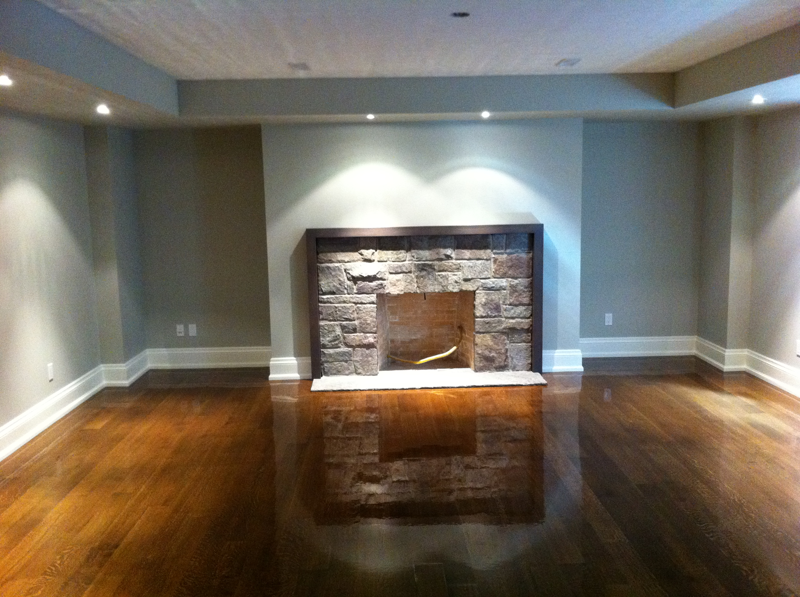 Hardwood Floors And Stairs Refinishing Oakville